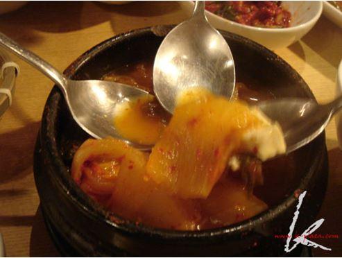 一緒に食べるのが韓国式